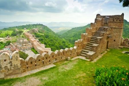 ramparts: View from Kumbhalgarh fort ramparts, Rajasthan, India