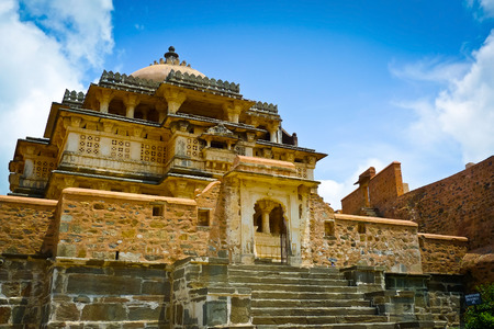 ramparts: One of the temples under the walls of Kumbhalgarh fort, Rajasthan, India