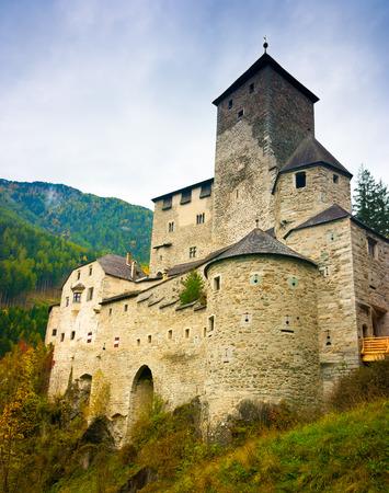 Burg Taufers über Sand in Taufers, Ahrntal, Südtirol, Trentino Südtirol, Italien