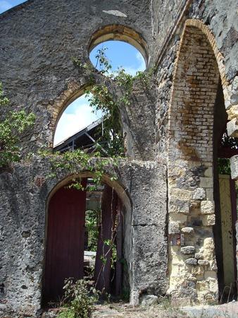 グレンヴィル、グレナダ、カリブ海で教会を遺跡します。 写真素材