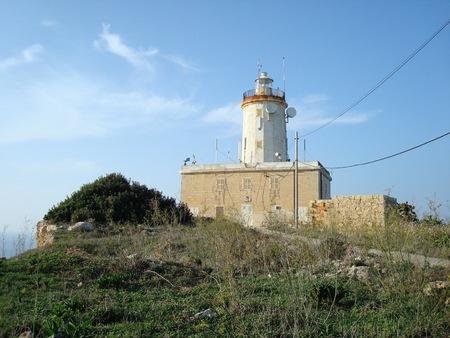 ゴーとも呼ばれる Giordan または Ta' Gurdan の灯台、ゴゾ島、マルタ。ヨーロッパ 写真素材