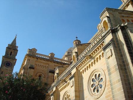 聖母 Ta' Pinu の聖域、アーブ、ゴゾ島、マルタ、ヨーロッパ 写真素材