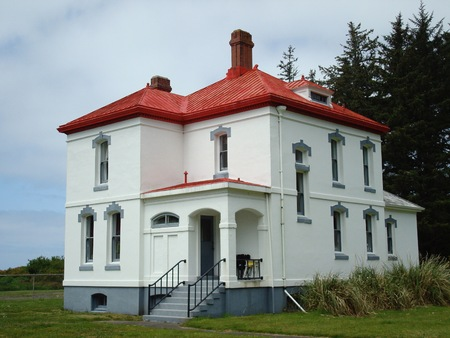 ノース岬灯台頭キーパーの家、岬の失望の州立公園、ワシントン州、アメリカ合衆国 報道画像
