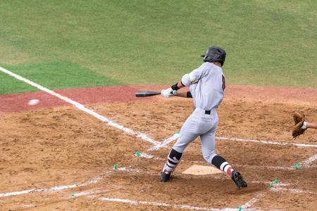 高校野球の試合の風景