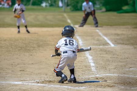 野球の子供