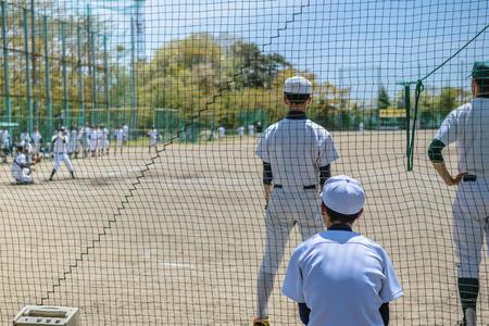 野球の試合の風景