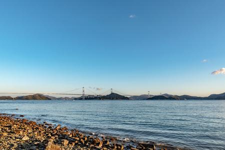 Kurushima kaikyo bridge and Seto inland sea Stockfoto - 100430492