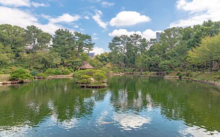 Beautiful scenery of the Shukkeien Garden in Hiroshima city, Japan Stok Fotoğraf - 119908618