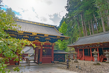 Niomon Gate in Taiyuin mausoleum of the Rinnoji temple in Nikko city Reklamní fotografie