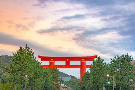 Heian jingu Shrine Otorii of dusk