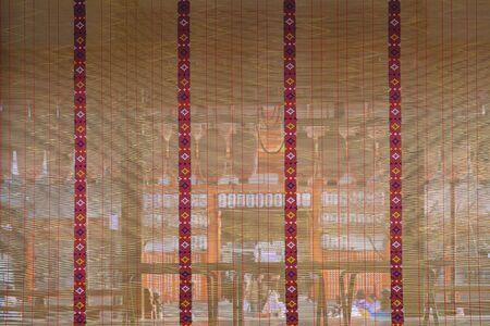 Precincts scenery over the bamboo blind of the Yasaka jinja shrine in Kyoto, Japan 版權商用圖片