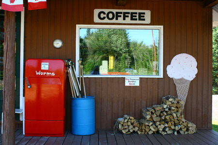 country store: Canadian Country Store