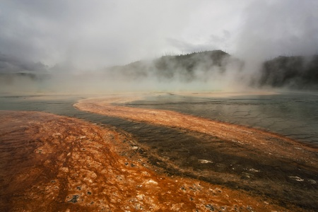 prismatic: Grand Prismatic Spring a Yellowstone National Park, Wyoming Archivio Fotografico