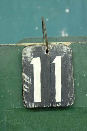 11: number tags plate for badminton games scores