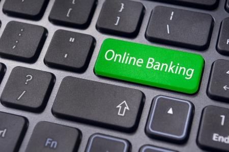Toetsenbord gaat sleutel met bericht, voor online of internetbankieren concepten. Stockfoto - 23192829