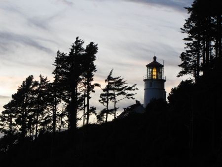 Heceta Head lighthouse at dusk Фото со стока