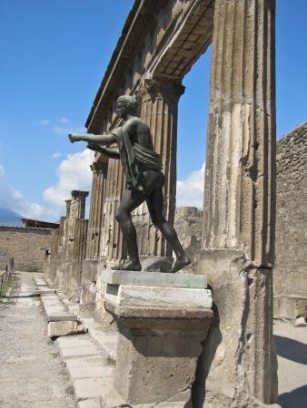 폼페이의 아폴로 동상 스톡 콘텐츠