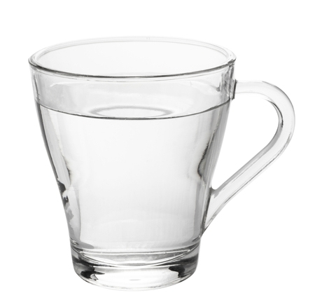 waterglas geïsoleerd op witte achtergrond