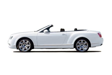 cabrio: Witte exclusieve cabriolet met open bovenkant geïsoleerd op whte Redactioneel