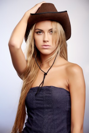 country girls: Young lady in a cowboy hat