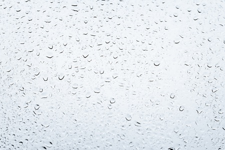 condensation: Las gotas de agua sobre fondo gris