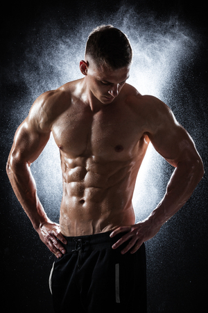 athletic man posing Stock Photo - 83285741