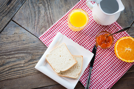 Healthy breakfast on the table Stock Photo - 98182681