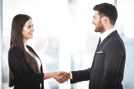 Business people shaking hands Stock Photo - 101868458