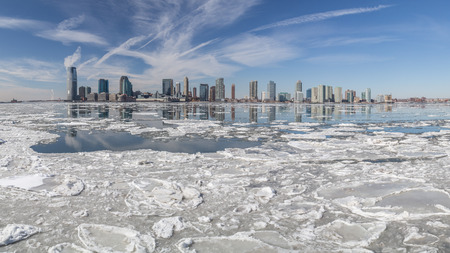 hudson river: View from Manhattan (New York City) to Jersey City across the Hudson river in winter
