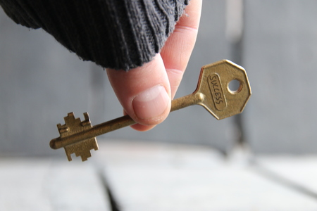 golden key: Golden Key to success