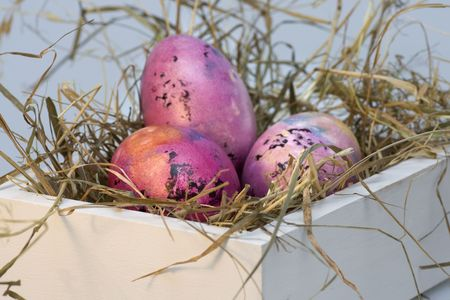 withe: Withe box with colored easter eggs