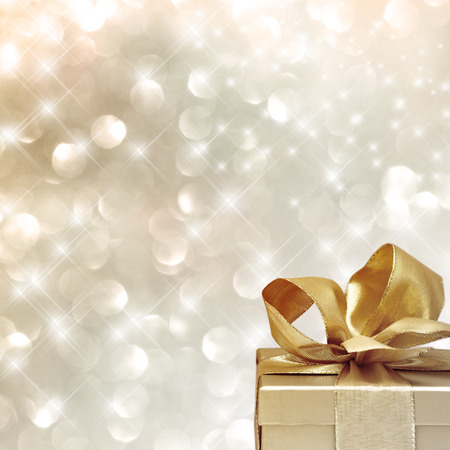 spiegelung: Very festive background with christmas gift