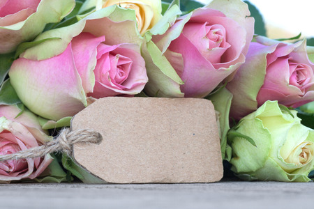 etikett: Mothers day card with pink rose