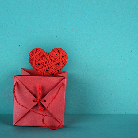 harmonie: Red heart presented in a beautiful gift box