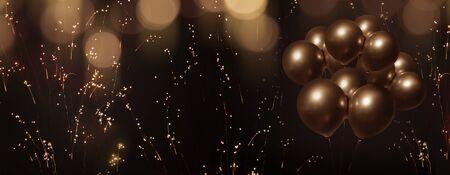 Feierlicher Bokeh-Hintergrund mit Goldregen und goldenen Ballons