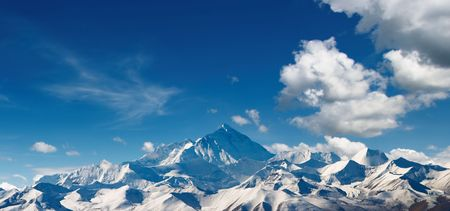 himalaya: Mount Everest, view from Tibet