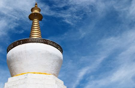 lamaism: Buddhist stupa in Tashilhunpo monastery, Tibet
