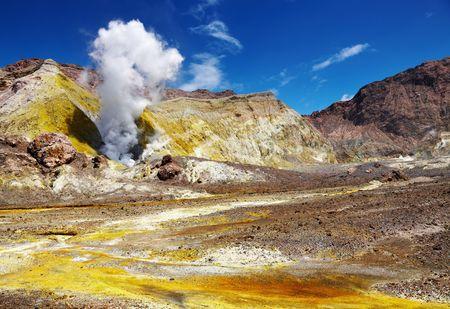 fumarole: Blanco Isla del Volc�n, Nueva Zelanda
