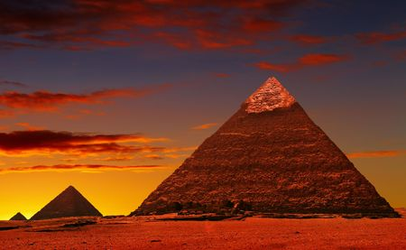 cheops: Ancient egyptian pyramids in Giza desert Stock Photo