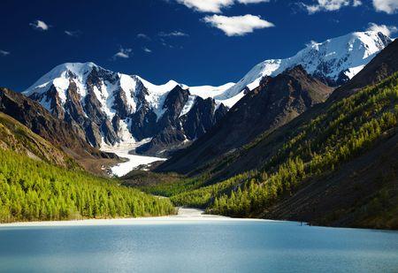 Beautiful Maashey lake in Altai mountains at sunset