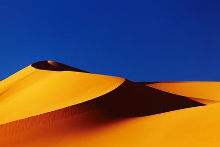 Sand dune in Sahara Desert at sunset, Algeria Stock Photo - 8624411