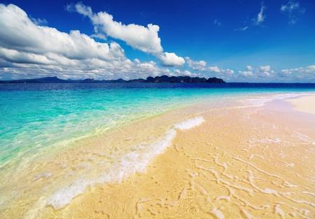 Tropical beach, Andaman Sea, Thailand Stock Photo - 13401818
