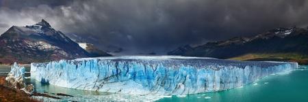 moreno glacier: Perito Moreno Glacier, Argentino Lake, Patagonia, Argentina