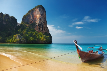 Tropical beach, Andaman Sea, Thailand Stock Photo - 13621264