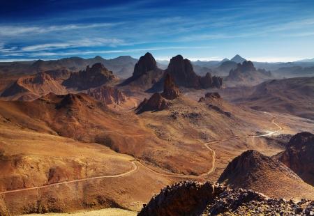 desierto del sahara: Desierto del Sahara, las monta�as de Hoggar, Argelia, vista desde el paso Assekrem