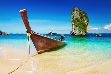 Long tail boat, Tropical beach, Andaman Sea, Thailand Stock Photo - 13667224