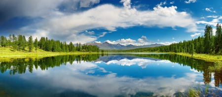 Beautiful lake in Altai mountains Stock Photo