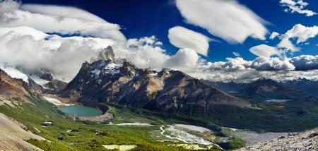 Mount Fitz Roy and laguna Torre, Los Glaciares National Park, Patagonia, Argentina Foto de archivo