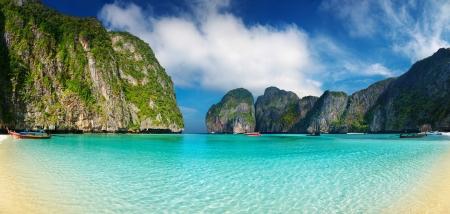 Playa tropical, bahía del maya, Mar de Andamán, Tailandia
