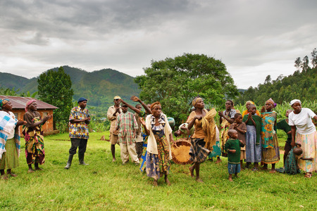 Bwindi national park, Uganda- MARCH 25, 2006: Ethnic dances of Batwa pigmy